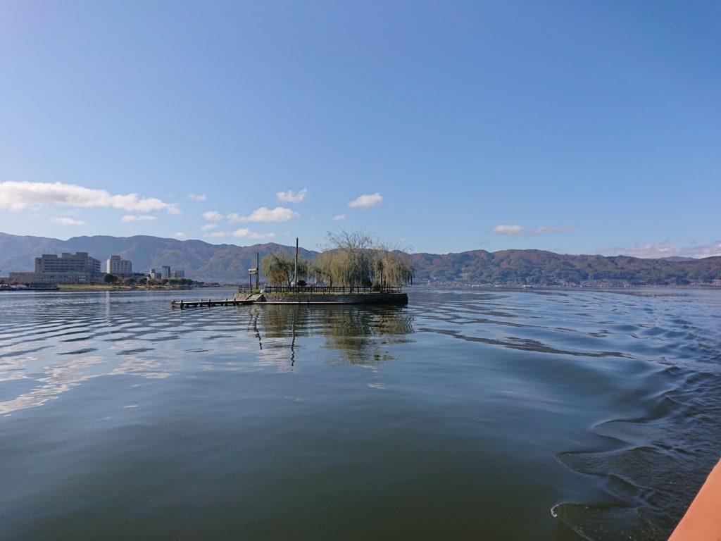 諏訪湖の初島